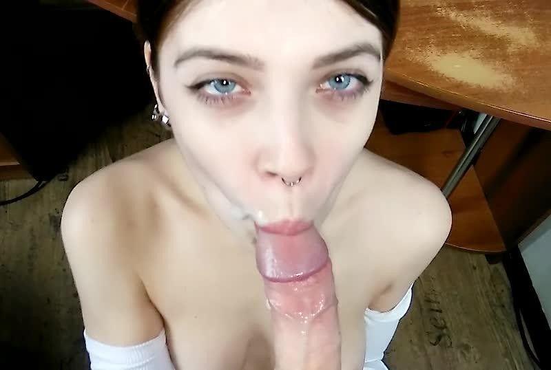 MihaNika69 - 透过线上游戏交到炮友疯狂打炮