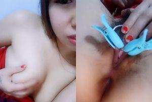 亚洲视讯主播用震动夹子按摩棒自慰好像看A片M女