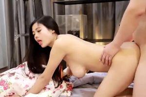 嫩模林美惠子胸大貌美表情超级骚影片合辑