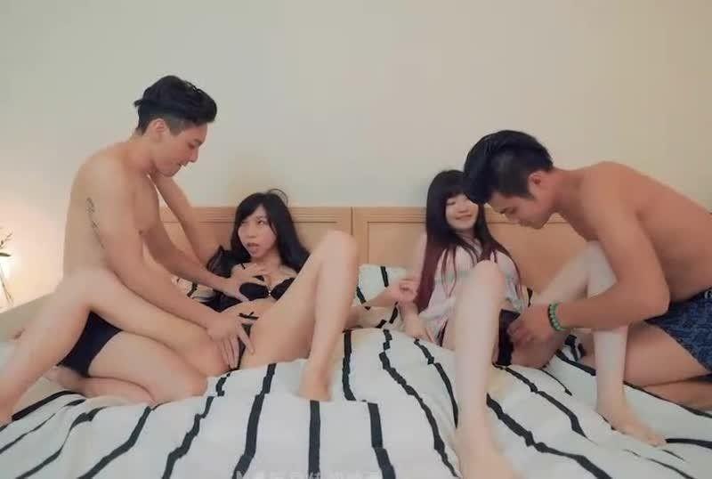 国産AV光棍节大战(下)四人混战首支4P大作 夏晴子 沈娜娜