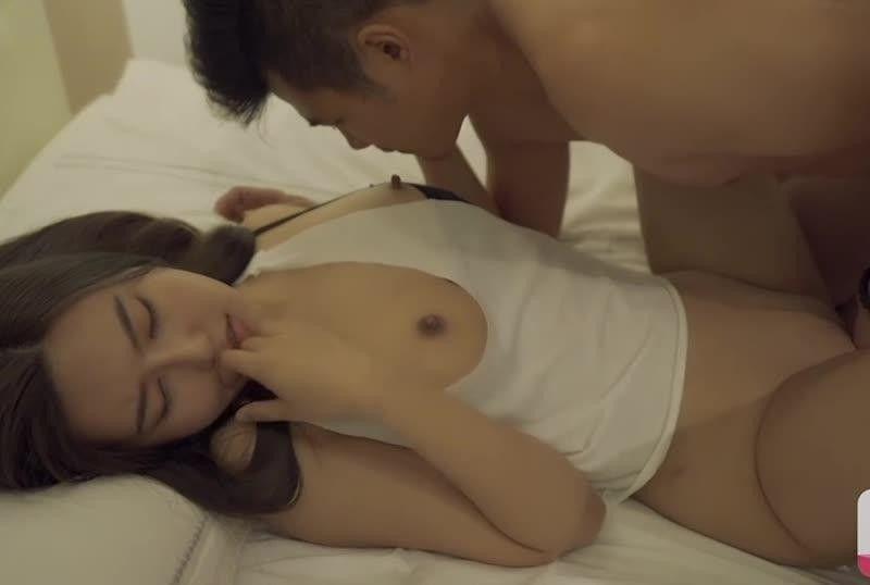 国産AV大番号女优空降上海 特别篇 沈芯语