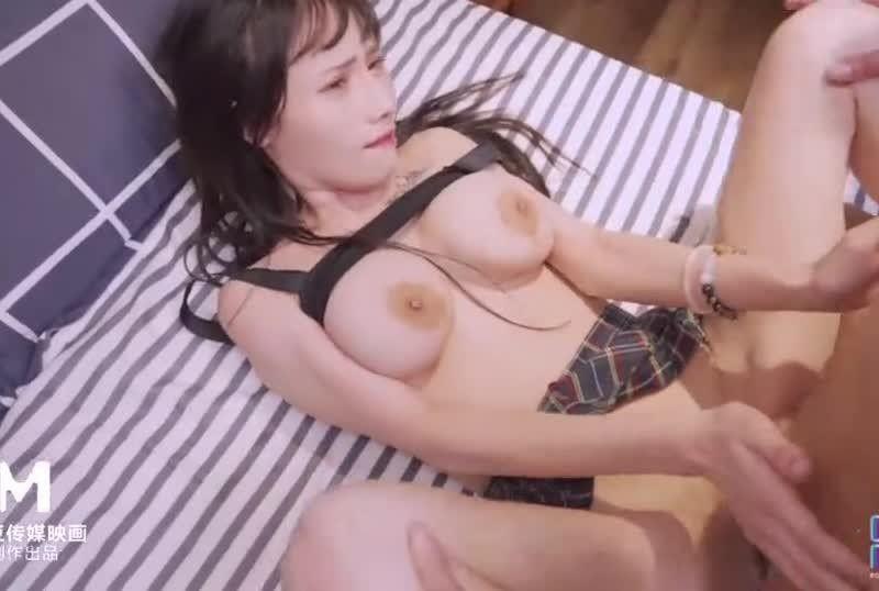 国産麻豆AV皇家华人国际交换生的粗体验蒋佑怡夜夜