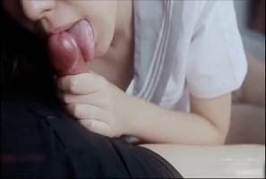 [大陆片]甭再找司机了,小鸟酱写真工作室高清全套都在这!中国最火网红小鸟酱穿着制服用肥美尻尻色诱着先口交一波后露出白虎嫩穴骑到肉棒上狂摇~